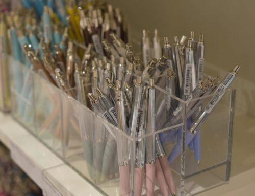 Plexibox för pennor